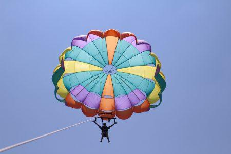 parasailing single